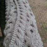 Reversibly Cabled Scarf